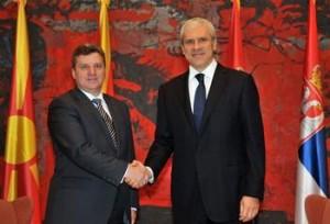Serbi, Tadiç pranon të japë dosjet e spiunëve nga Maqedonia